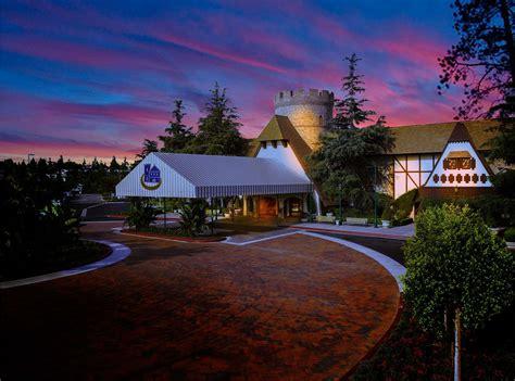 garden inn anaheim anaheim majestic garden hotel weddings anaheim ca