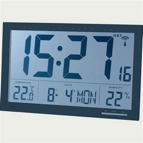 horloge murale radio pilotee avec date horloge calendrier murale radio pilot 233 e cflou