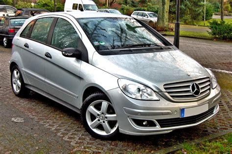 Amzn.to/2o42aen ausrüstung die ich dir empfehle: Mercedes Benz B-Klasse W245 2005 on MotoImg.com