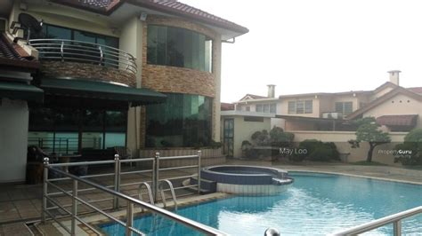 Freehold Bungalow With Swimming Pool And Sauna At Pasir