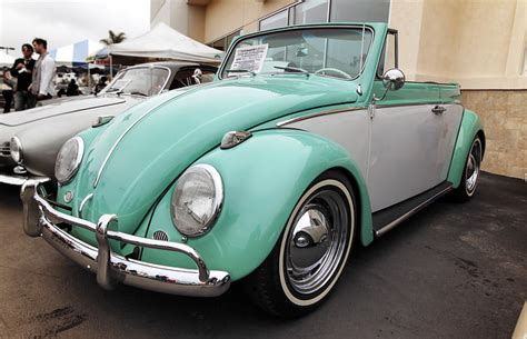 Vw camper volkswagen bus volkswagen beetle vintage cabrio vw vw beetle convertible vw vintage pt cruiser vw cars cute cars. Classic Two Tone VW Beetle convertible ready for show ...