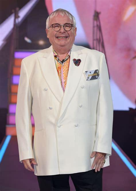 christopher biggins removed from celebrity big brother