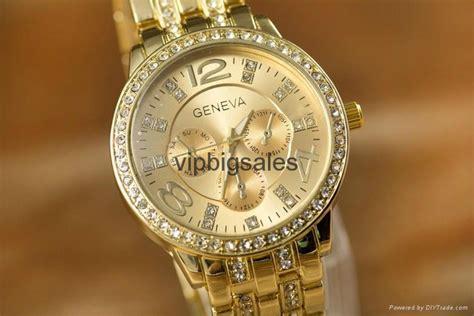 Wholesale Price Geneva Watch Wrap Quartz Crystal Watch
