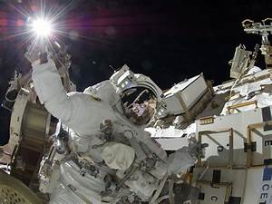 Sunita Williams Spacewalk PHOTOS: NASA Astronaut Looks ...