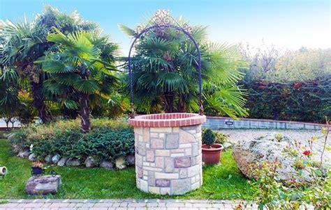 pozzi da giardino in pietra pozzi da giardino accessori da esterno caratteristiche