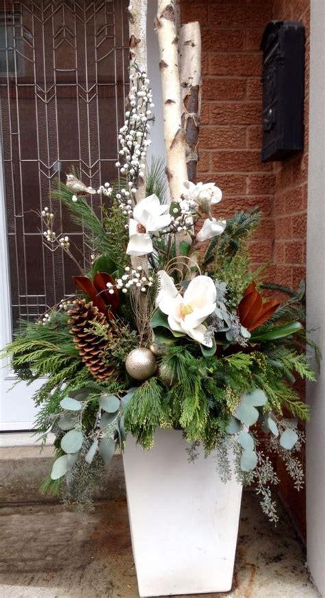 ideas  christmas urns  pinterest winter