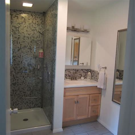 Shower Stall Designs Small Bathrooms by Small Bathroom Ideas With Shower Stall Bathroom Design