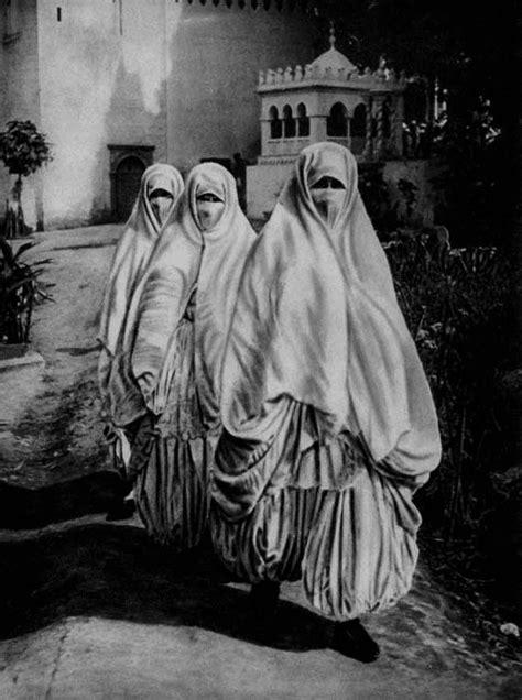 africa veiled women walking   streets  algiers
