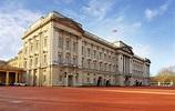 A Grand Entrance to Buckingham Palace   UltraVilla