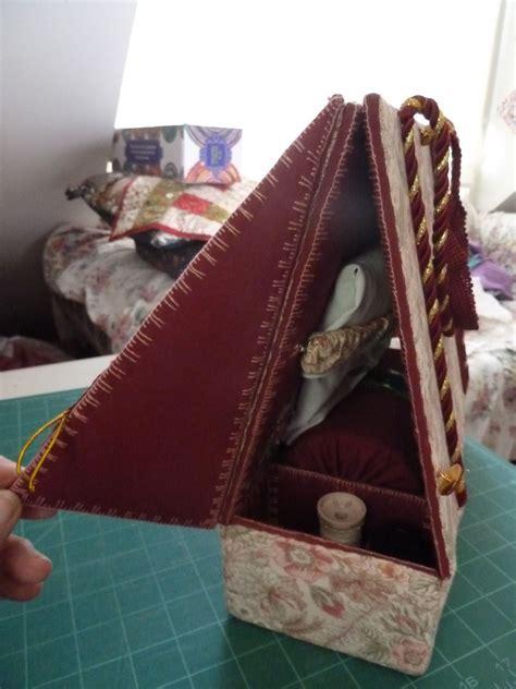 travelling bobbin lace pillow  side flap open