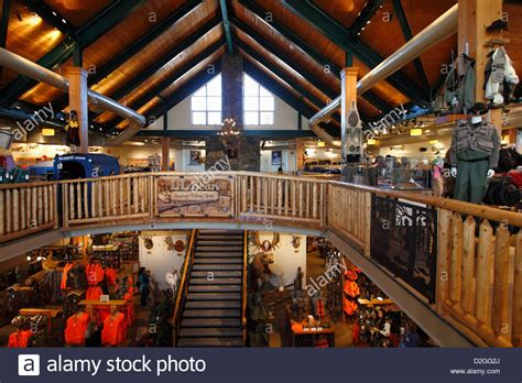 l stores me the interior of l l ll bean in freeport maine usa