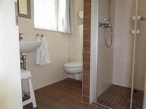 Badezimmer Farbe Statt Fliesen : fliesen mosaik kuche das beste aus wohndesign und m bel ~ Michelbontemps.com Haus und Dekorationen