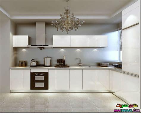white kitchen cabinets with glass مطابخ الوميتال باللون الابيض اشيك واجمل موديلات 2016 1811