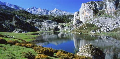 Picos de Europa Hiking Tour | Mountain Hiking Holidays