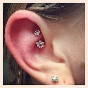 Rook ear piercing - All About Rook Piercings