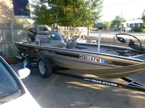 Tracker Boats Nh by 18 2000 Tracker Pro Team Bass Boat For Sale In