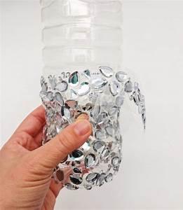Hängelampe Aus Flaschen Selber Machen : diy upcycling vase aus plastik flasche ~ Frokenaadalensverden.com Haus und Dekorationen