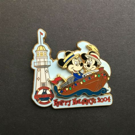 wdw happy holidays  disneys yacht club resort le  disney pin  ebay
