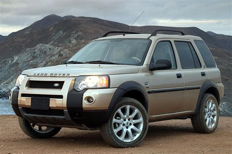 land rover freelander 2005 land rover freelander overview cars com