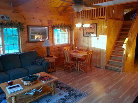 burr oak log cabin  rent  ne iowa iowa cabin rentals