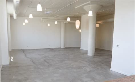 How To Clean Concrete Walls Before Painting Living Room Armchair Wood Side Tables Furniture North Carolina Interior Design Ideas Vintage Dining Rooms Yellow And Green Carpet Colours For Threshold
