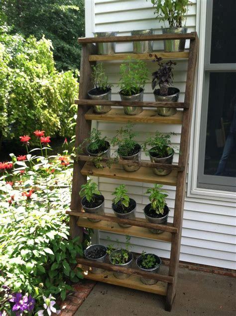 Vertical Herb Garden Ideas by Best 25 Vertical Herb Gardens Ideas On Diy