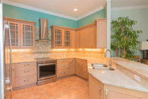 kitchens with cabinets and countertops harbour isle y r cabinet genies kitchen and bathroom 9854