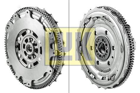 dual mass flywheel dmf fits nissan x trail t30 2 2d 01 to 03 yd22eti luk quality 4005108580146