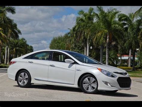 review closer   hyundai sonata hybrid bill stout