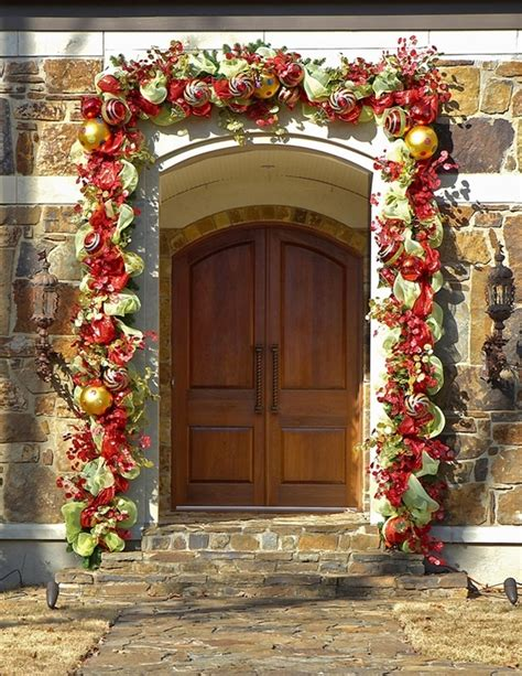 garland around front door 17 garland decorations ideas to try interior god 3736