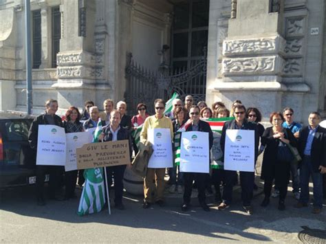Sede Inps Messina by In Piazza Anche I Dipendenti Inps E Inail Messinawebtv