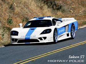 Beautifull Cars: Police fast Cars Pictures Overviews