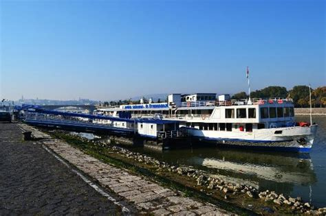 The Boat Hotel by Fortuna Boat Hotel Restaurant Budapest Ungarn Hotel