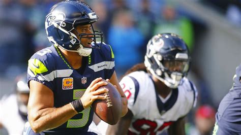 russell wilson  seattle seahawks  works contract