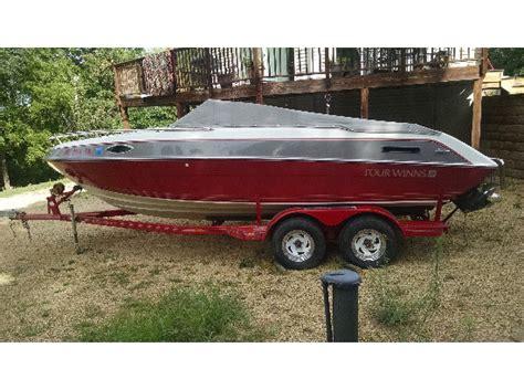 Four Winns Boat Dealers by Four Winns 215 Sundowner Boats For Sale
