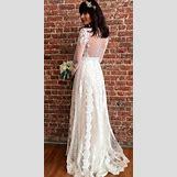 Long Sleeve Lace Wedding Dress Open Back | 600 x 1201 jpeg 153kB