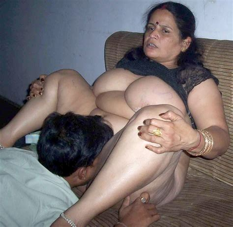 01abs4o  In Gallery Mature Indian Women Picture 61