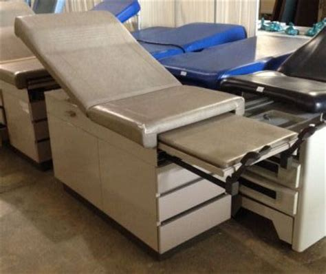 used exam tables for sale used ritter 104 exam table for sale dotmed listing 1885651