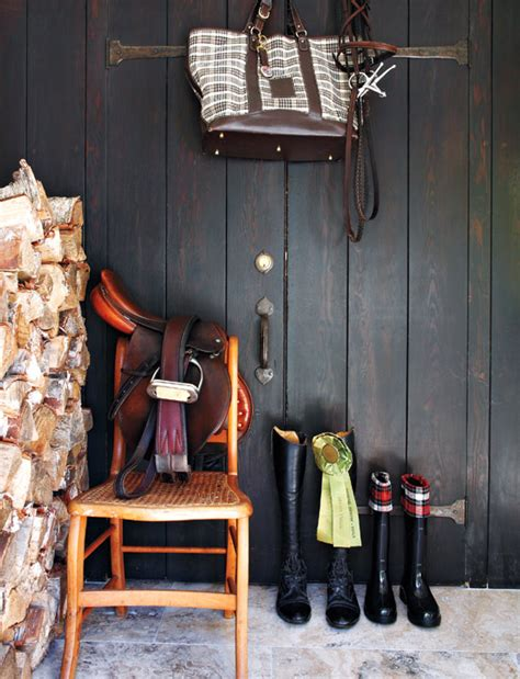 Mix And Chic Equestrian Decor Can Be Absolutely Chic And