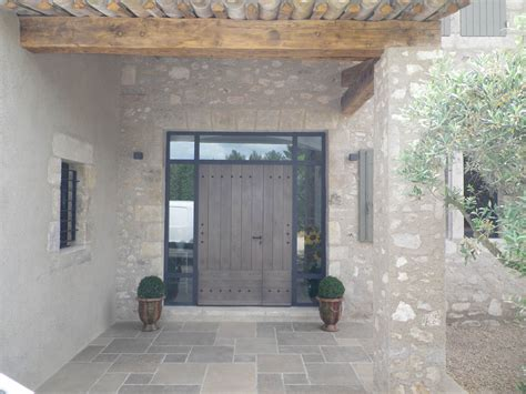 tf1 cuisine porte d 39 entrée avec encadrement metal et verre