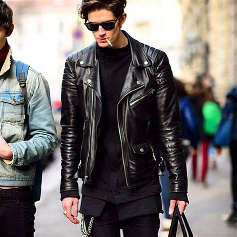 How To Wear Leather Jackets For Men in 2018