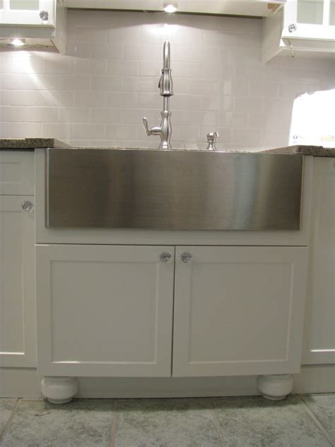 superb apron sink  traditional toronto  stainless