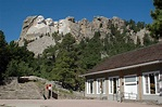 Places To Go - Mount Rushmore National Memorial (U.S ...
