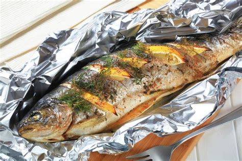 how to bake fish how to cook fish on the grill in aluminum foil with lemon livestrong com