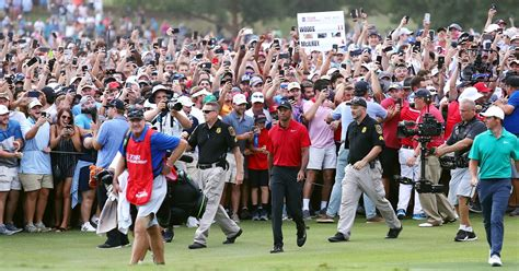 Tiger Woods wins Tour Championship for 1st PGA victory in ...