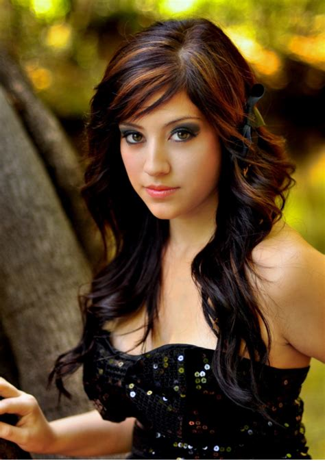 long layered hairstyles for girls
