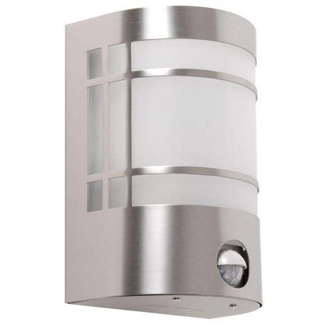 LED Außenlampe mit Bewegungsmelder aus Edelstahl real