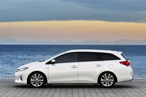 toyota phone number contact toyota customer service email phone number fax