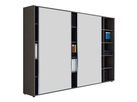 armoire bureau porte coulissante armoires et caissons mélaminés armoires coulissantes i