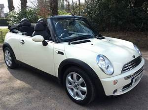 Mini Cooper Pack Chili : charlie has taken this 2008 mini cooper convertible in pepper white with chili pack low miles ~ Medecine-chirurgie-esthetiques.com Avis de Voitures